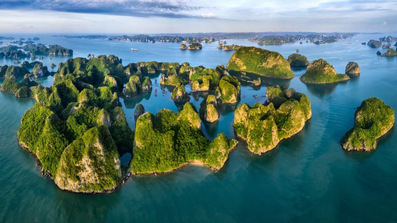 Vista drone Halong Bay