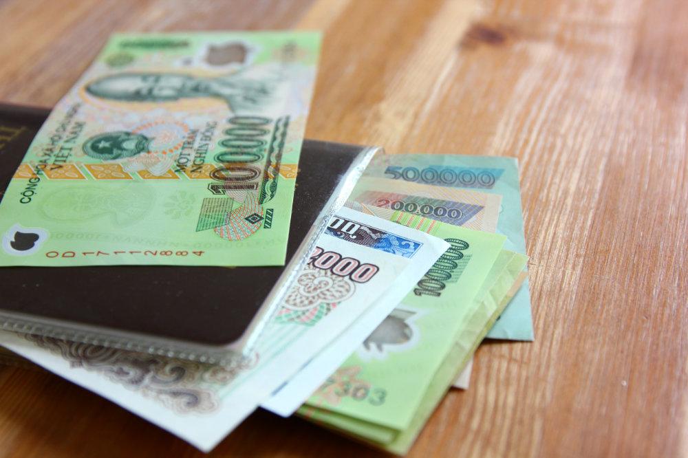 Vacanze in Vietnam come cambiare i soldi all'atm oppure al bancomat