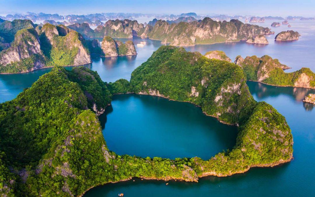 Halong Bay, perla del Vietnam: cosa vedere