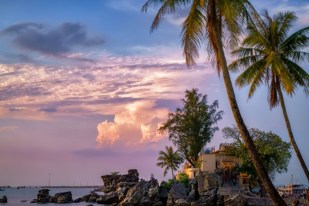 Imperdibile tempio di Cau nell'isola di Phu Quoc in Vietnam HD