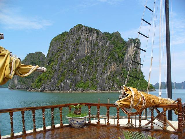 Vacanze 2021 in Vietnam ad Halong Bay