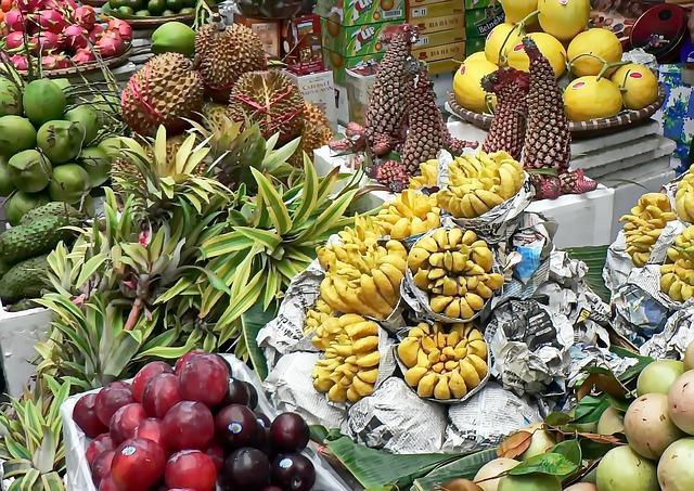 Il mercato di frutta sul delta del Mekong
